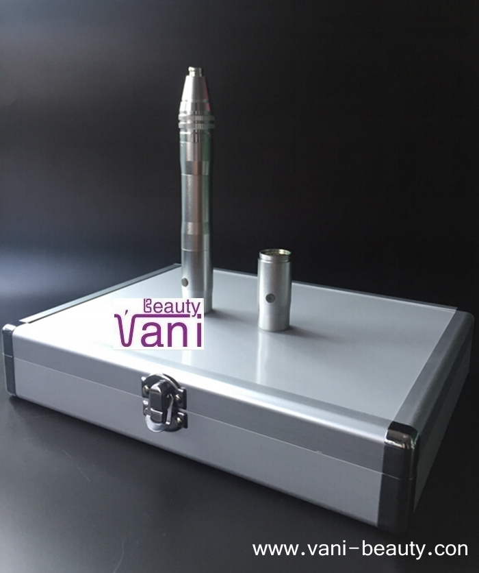 2 in 1 (Rechargeable + Power adapter )Derma Pen with Luxurious Aluminum Salon Box Packing, AU013A
